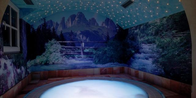 centro-benessere_idromassaggio_hotel-villa-rosella_canazei_val-di-fassa_dolomit_trentino-13