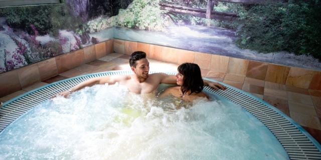 centro-benessere_idromassaggio_hotel-villa-rosella_canazei_val-di-fassa_dolomit_trentino-24