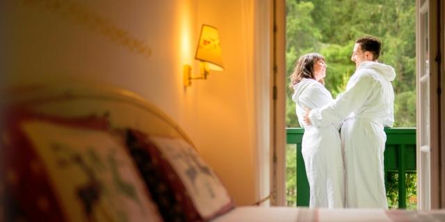 camera-matrimoniale-a-canazei_camere-a-canazei_hotel-villa-rosella_hotel-a-canazei_canazei_val-di-fassa_dolomiti_trentino-51