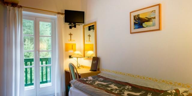 camera-singola-a-canazei_camere-a-canazei_hotel-villa-rosella_hotel-a-canazei_canazei_val-di-fassa_dolomiti_trentino-49