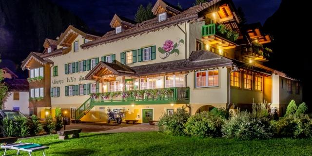 notturna_hotel-villa-rosella_canazei_val-di-fassa_dolomit_trentino-16
