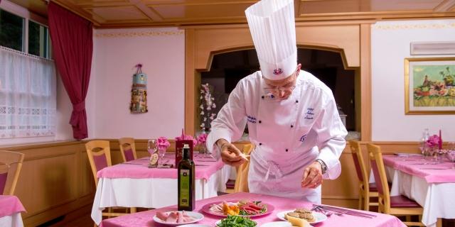 chef-e-gastronomia_hotel-villa-rosella_canazei_val-di-fassa_dolomit_trentino-34