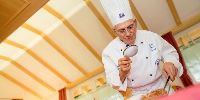 chef_hotel-villa-rosella_canazei_val-di-fassa_dolomit_trentino-23