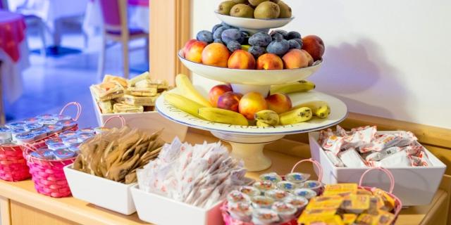 colazione_hotel-villa-rosella_canazei_val-di-fassa_dolomit_trentino-4
