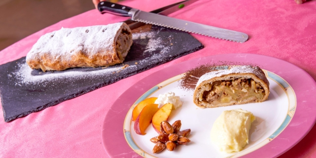 ristorante-a-canazei_piatti-e-gastronomia_hotel-a-canazei_hotel-villa-rosella_canazei_val-di-fassa_dolomit_trentino-33