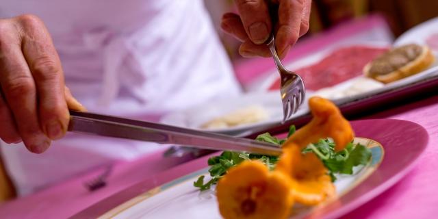 ristorante-a-canazei_piatti-e-gastronomia_hotel-a-canazei_hotel-villa-rosella_canazei_val-di-fassa_dolomit_trentino-39