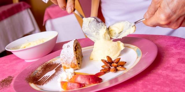ristorante-a-canazei_piatti-e-gastronomia_hotel-a-canazei_hotel-villa-rosella_canazei_val-di-fassa_dolomit_trentino-46