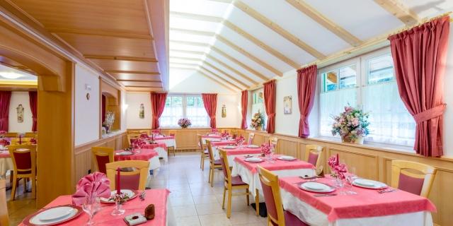 ristorante_hotel-villa-rosella_canazei_val-di-fassa_dolomit_trentino-20