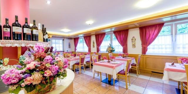 ristorante_hotel-villa-rosella_canazei_val-di-fassa_dolomit_trentino-40