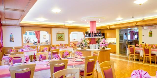ristorante_hotel-villa-rosella_canazei_val-di-fassa_dolomit_trentino-44