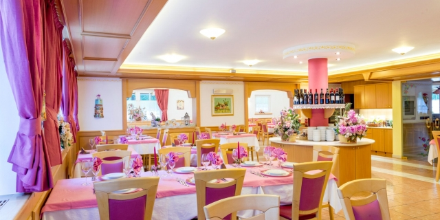 ristorante_hotel-villa-rosella_canazei_val-di-fassa_dolomit_trentino-45