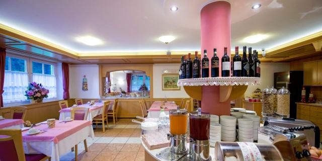 ristorante_hotel-villa-rosella_canazei_val-di-fassa_dolomit_trentino-7