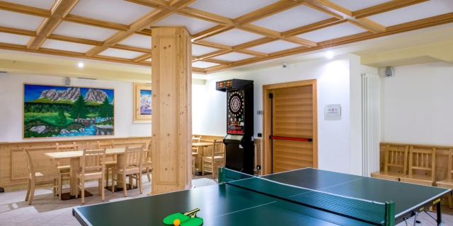 area-giochi_hotel-villa-rosella_canazei_val-di-fassa_dolomit_trentino-2