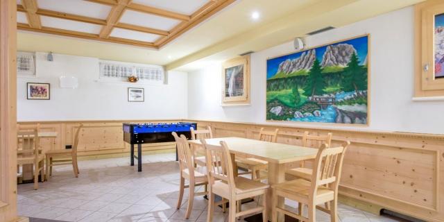 sala-giochi_hotel-villa-rosella_canazei_val-di-fassa_dolomit_trentino-15